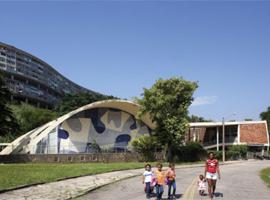 """Sesc 24 de Maio recebe a exposição """"Infinito Vão: 90 Anos de Arquitetura Brasileira"""""""