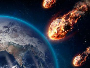 Acredita em profecias? Nostradamus prevê ataque de zumbis e chuva de asteroides para 2021… era só o que faltava!