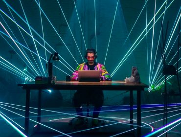 Live de Alok terá estrutura 4D, realidade aumentada e poderá ser vista do espaço. Mas só depois dele se curar da Covid-19