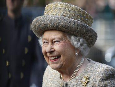 A rainha que sabe viver bem: novo livro trata da saúde de Elizabeth II e lista seus segredos para a longevidade