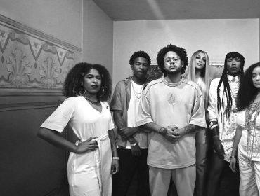 Glamurama assistiu o doc 'AmarElo: É tudo pra Ontem', de Emicida, que cumpre seu propósito ao ensinar e promover a cultura negra do Brasil