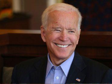 Biden substituiu Trump, o primeiro presidente bilionário dos EUA, com fortuna quase 300 vezes menor que a do republicano