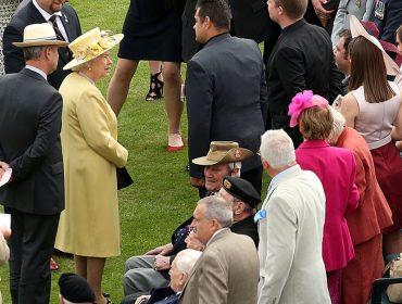 Rainha Elizabeth e toda a família real britânica estão proibidos de fazer festas em 2021. Saiba mais
