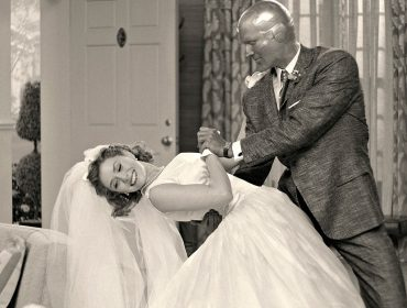 No estilo dos programas cômicos dos anos 50, WandaVision é série divertida e tensa ao mesmo tempo