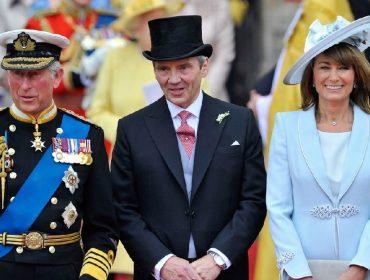 Charles com Michael e Caroline Middleton, os pais de Kate Middleton