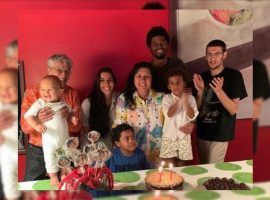 """Regina Casé recebe família de Caetano Veloso para comemoração íntima de aniversário: """"Maracanã lotado de afeto e alegria"""""""