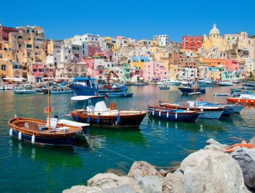 Procida é nomeada Capital da Cultura da Itália em 2022. Conheça a pequena ilha ofuscada por seus irmãos mais famosos, Ischia e Capri