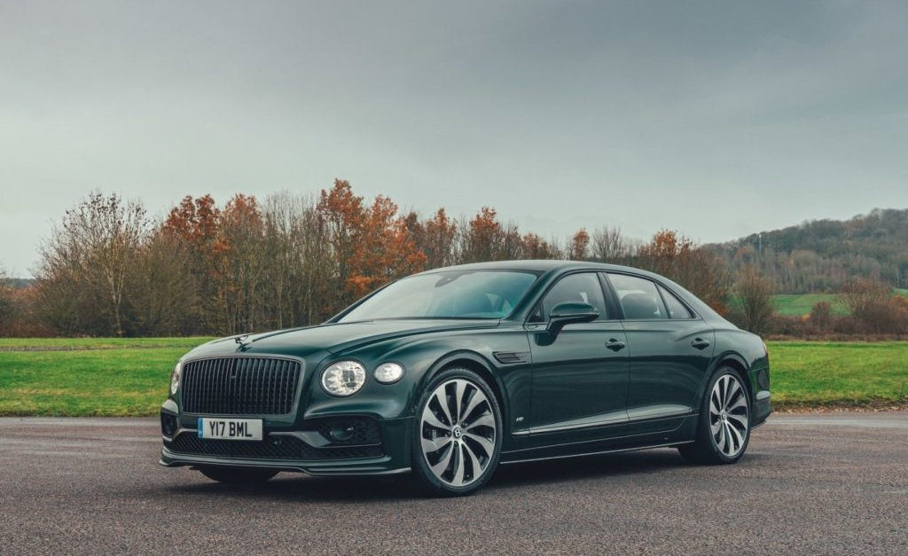 Um Bentley Flying Spur igual ao de Andrew