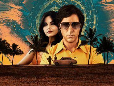 """Série da semana: """"O Paraíso e a Serpente"""", que conta a história do serial killer Charles Sobhraj, com Tahar Rahim no papel principal"""