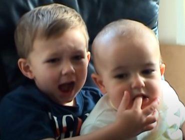"""Viral """"Charlie Bit My Finger"""" é leiloado por mais de 4 milhões de reais e será excluído do YouTube em breve"""