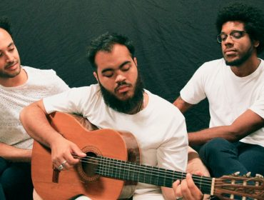 """Trio Gilsons – composto por herdeiros de Gilberto Gil – faz sucesso no Youtube e pensa em álbum: """"Carnavais e férias de verão muito frutíferas"""""""