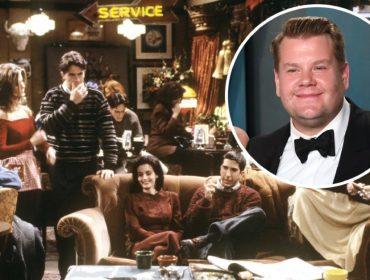 Cena dos primórdios da sitcom e, no detalhe, James Corden