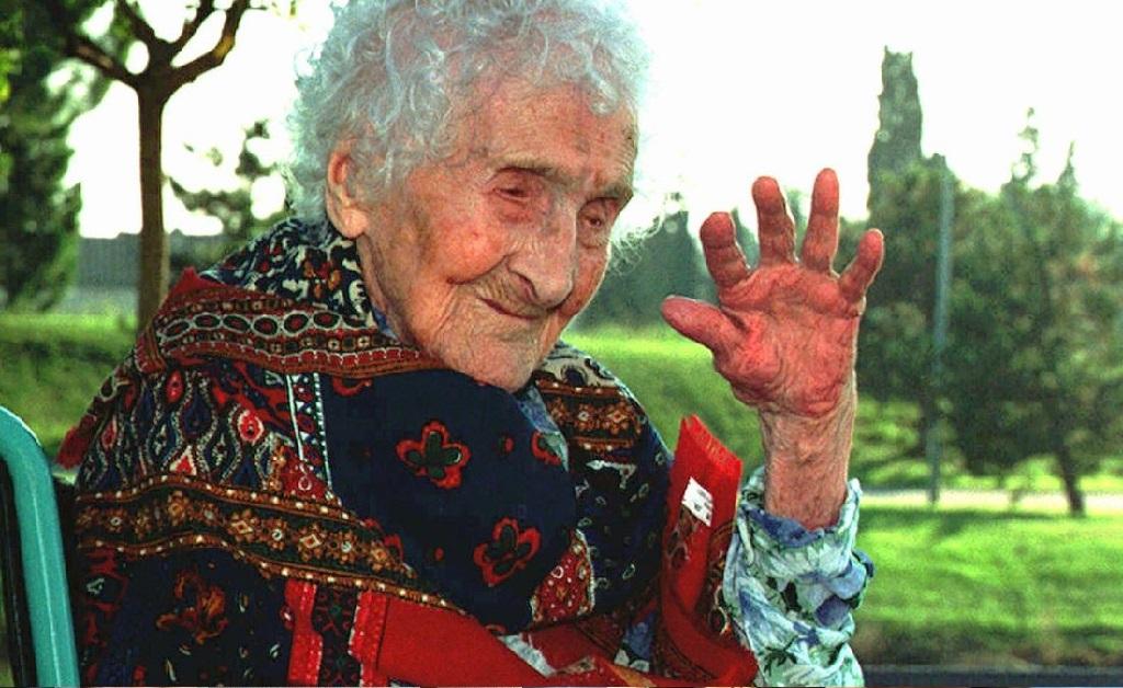 Jeanne Calment, a pessoa que mais viveu até hoje, chegou aos 122 anos