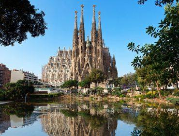 Em construção há 139 anos, basílica da Sagrada Família em Barcelona só ficará pronta depois de 2026