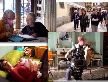 """Play para conferir as primeiras imagens de """"Madres Paralelas"""", novo filme de Almodóvar com Penélope Cruz, Rossy de Palma e Julieta Serrano"""