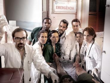 """Quarta temporada de """"Sob Pressão"""" promete reviravolta ao questionar o significado de família"""
