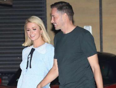 Paris Hilton com o noivo, Carter Reum