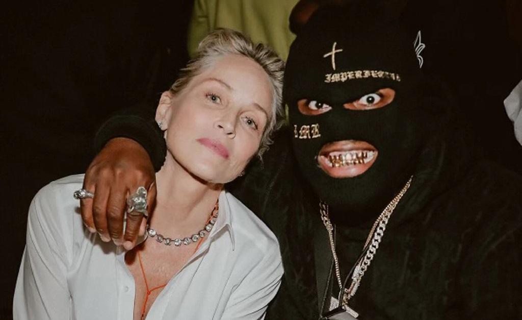 A atriz em um de seus encontros com o rapper