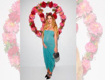 Fashionista Alexia Niedzielski está grávida e exibe a barriguinha em foto exclusiva