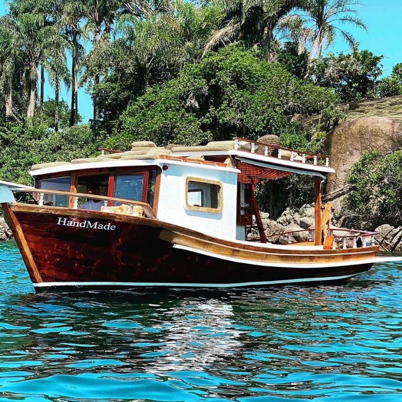 Handmade Boat Vanessa Montoro