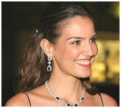 Luciana Cardoso, mulher de Faustão, celebra idade nova com festa junina