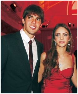 Nasce o filho de Kaká e Caroline Celico