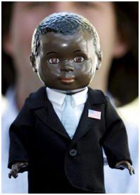 Barack Obama é pop. Tão pop que esse boneco aí embaixo – de
