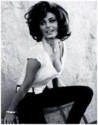 Campanha da Guess homenageia Sophia Loren