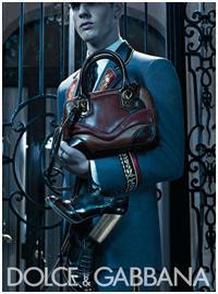 Evandro Soldati posa para campanha da Dolce&Gabbana