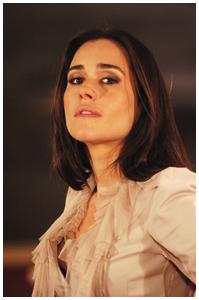 Alessandra Negrini: no batente