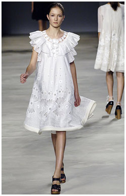 Chloé repaginada: nova estilista assume estilo da marca