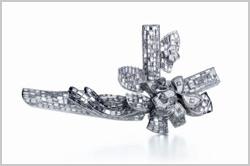 Tiffany lança coleção assinada por Frank Gehry