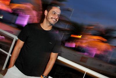 Marcelo Checon: comemorando o faturamento de 2011!