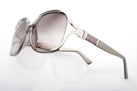 3307eaa927170 Glamurama mostra o óculos de sol da moda – Notas – Glamurama