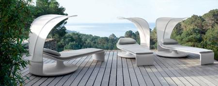 Linha Summer Cloud, da Dedon, tem chaise ajustável aos ângulos do sol