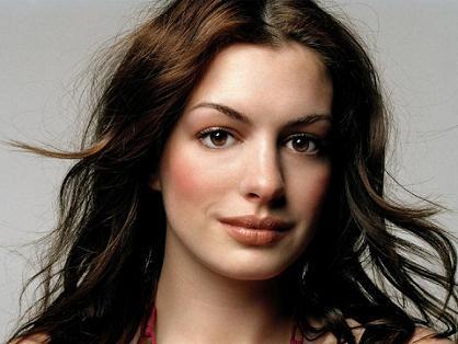 Anne Hathaway: garota-propaganda