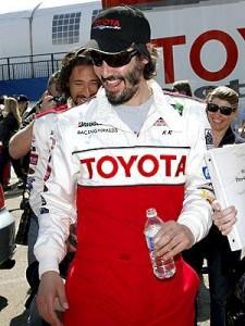 Keanu Reeves faz treino para corrida na Califórnia
