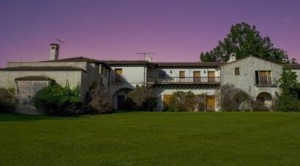 Steve Jobs quer demolir mansão californiana