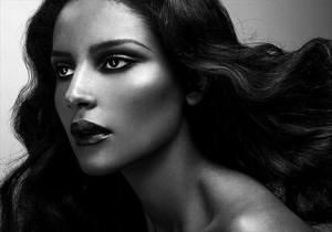 Emanuela de Paula não vai mais participar de desfile da Victoria's Secret.