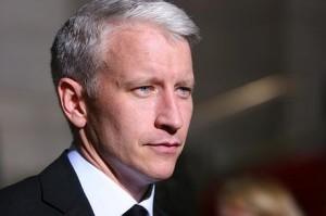 Anderson Cooper está curtindo o verão do Rio de Janeiro