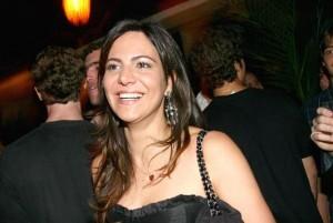 Carol Sampaio faz aniversário no Copa com shows de tops artistas