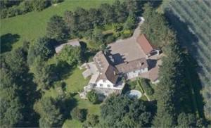 Schumacher coloca antigo château para alugar