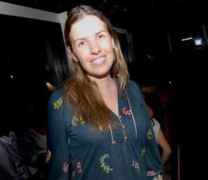 Morena Leite comemora aniversário com jantar em família