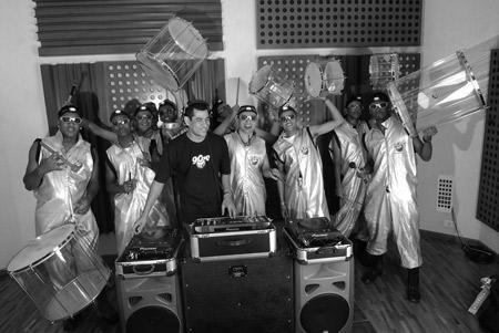 Os meninos do Groove Samba: animação para glamurette nenhum botar defeito