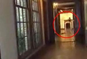 Fantasma de Michael Jackson em vídeo era sombra do contrarregra.