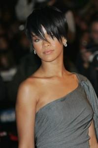 """Rihanna terminou sessão de fotos para a """"Vogue"""" Itália"""
