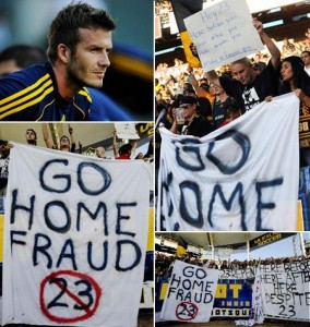David Beckham é xingado por fãs.