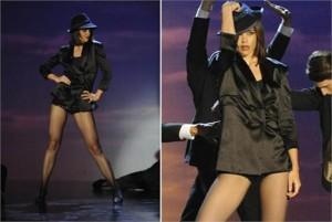 Katie Holmes surpreende em apresentação de musical na televisão norte-americana.