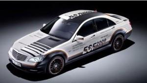 Mercedes lança o carro mais seguro do mundo