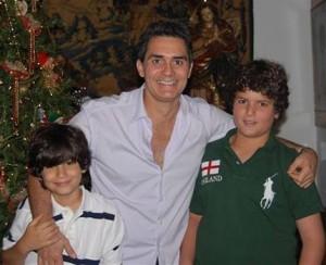 """Véspera do Dia dos Pais com Felipe Diniz: """"Ser pai é entender e ver que podemos fazer um mundo melhor e evoluído""""."""